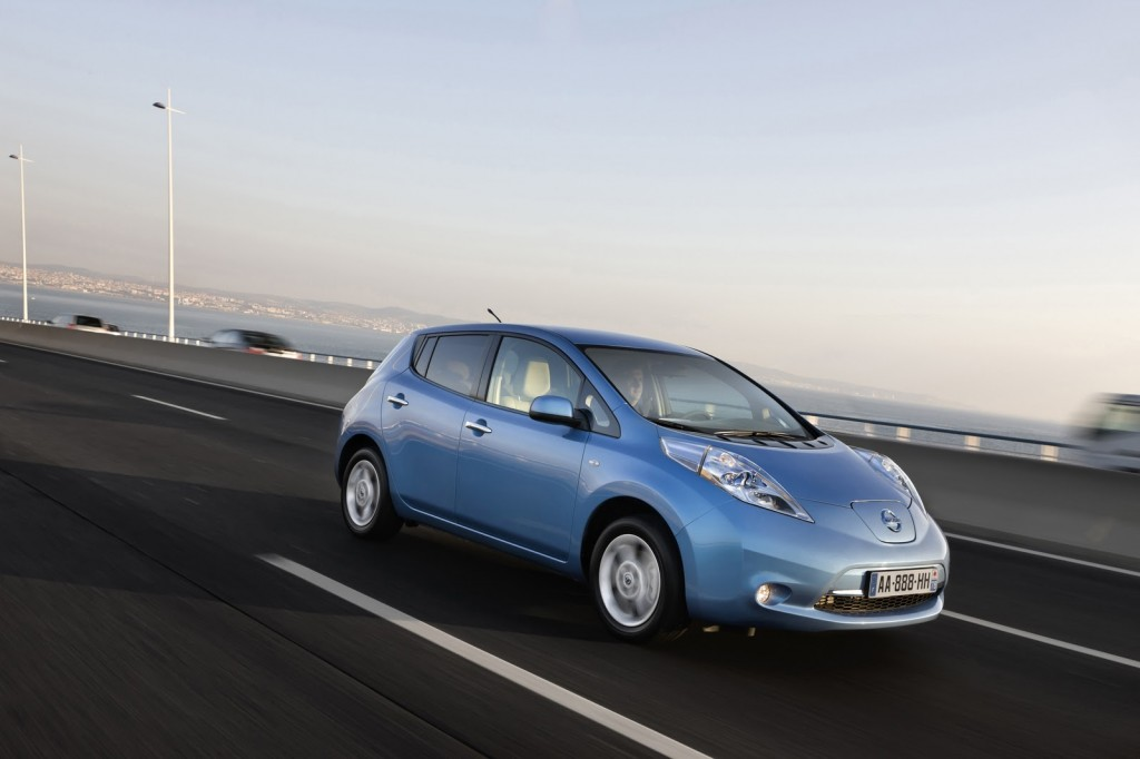 Coches Eléctricos - Nissan Leaf Lateral
